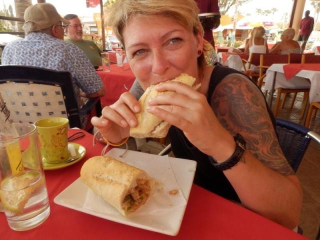 Chicken Sandwich Deluxe