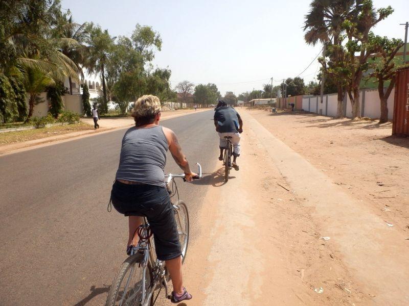 Radtour durch Serekunda