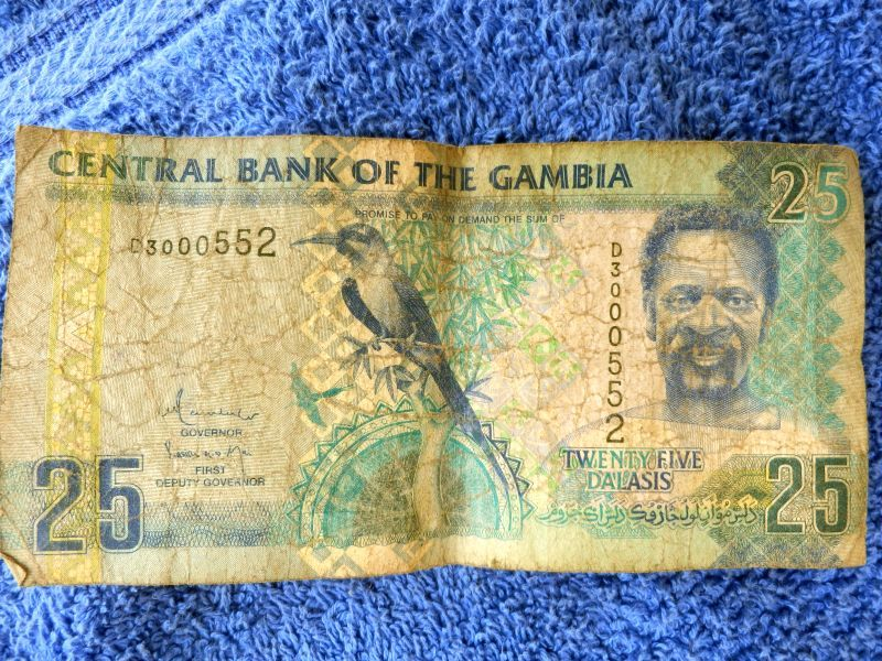 geld in gambia