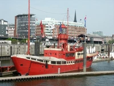 hamburg-feuerschiff-Bernd Sterzl