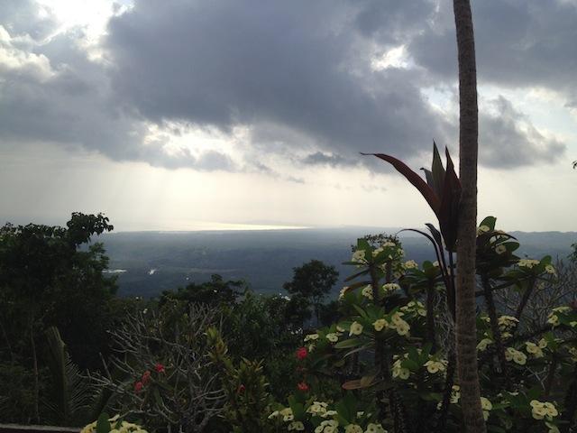 Ausblick vom Gipfelkreuz bei Loboc