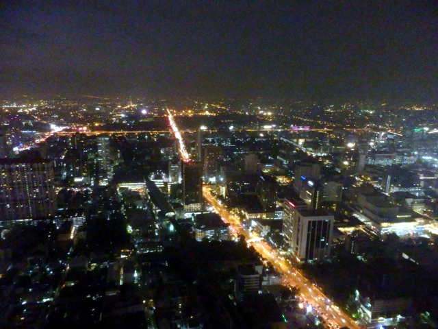 Bangkok-Baiyoke-Sky-Hotel-14