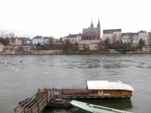 Basel Spaziergang am Rhein 09