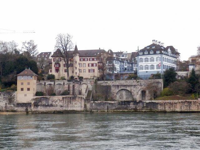 Basel Spaziergang am Rhein 10