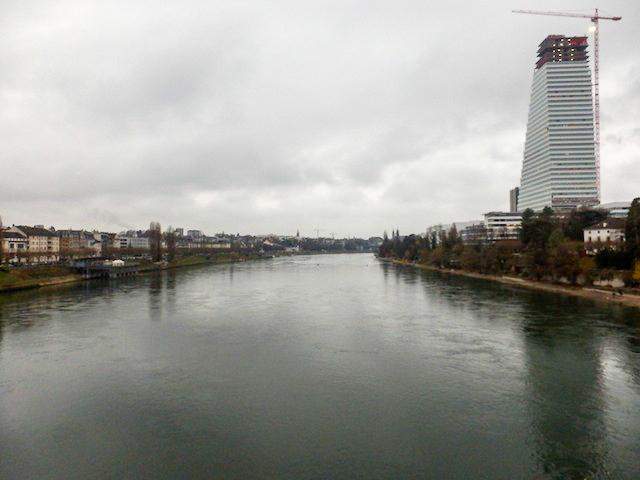 Basel Spaziergang am Rhein 13