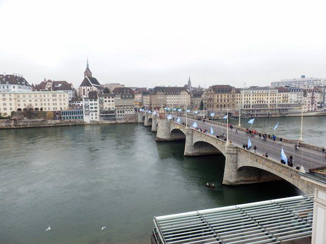 Basel Spaziergang am Rhein 21
