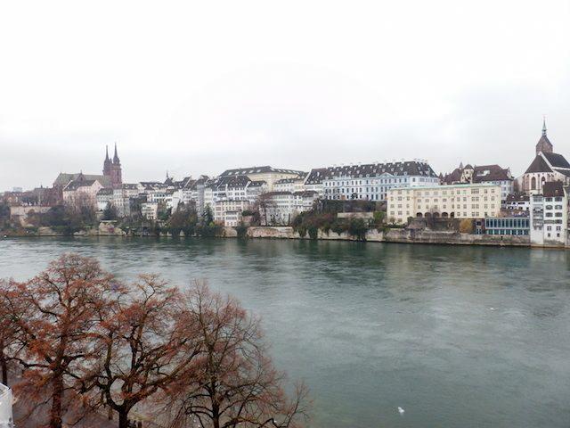 Basel Spaziergang am Rhein 22
