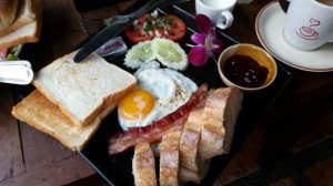 Chiang-Mai-Breakfast-World-01