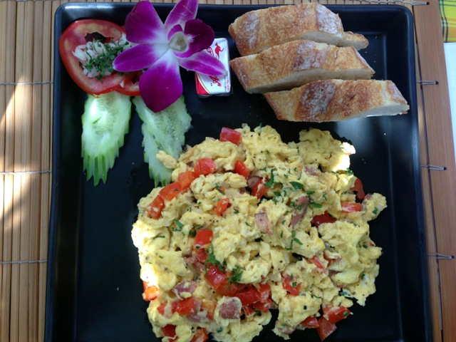 Chiang-Mai-Breakfast-World-10