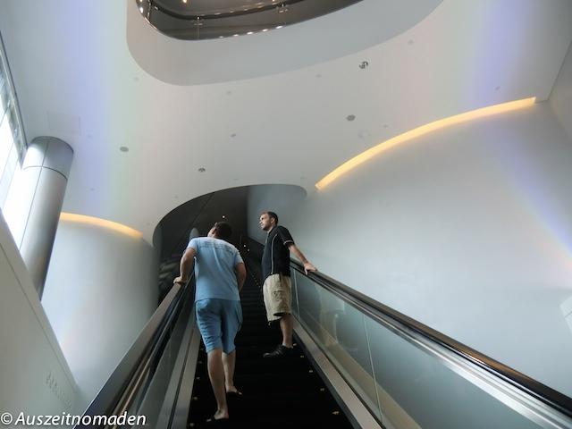 Dubai-Burj-Khalifa-01