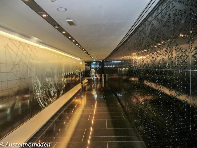 Dubai-Burj-Khalifa-03