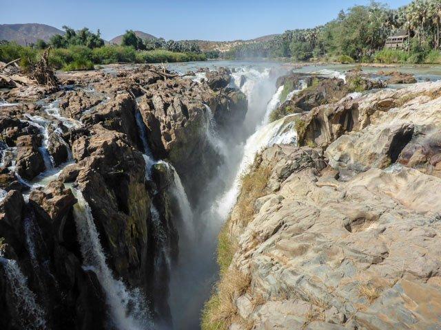 Epupa-Falls-17