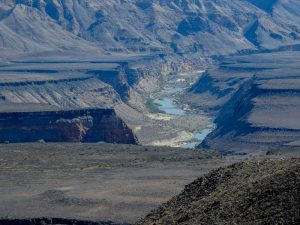 Fish-River-Canyon-Viewpoint-3-03
