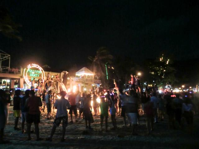 Fullmoon-Party-Koh-Phangan-04