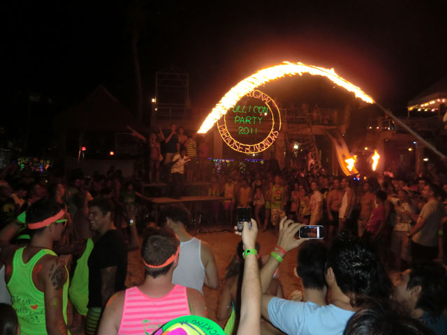 Fullmoon-Party-Koh-Phangan-06