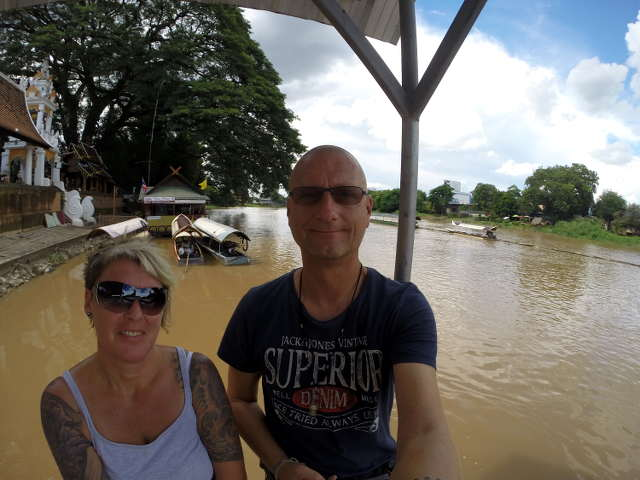 Bibo & Tanja am Ping River in Chiang Mai
