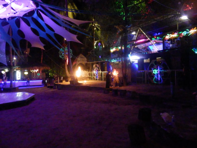 Halfmoon-Party-Koh-Phangan-04