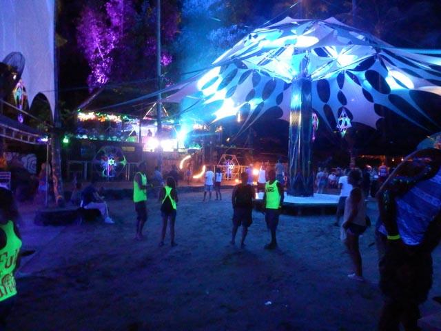 Halfmoon-Party-Koh-Phangan-08