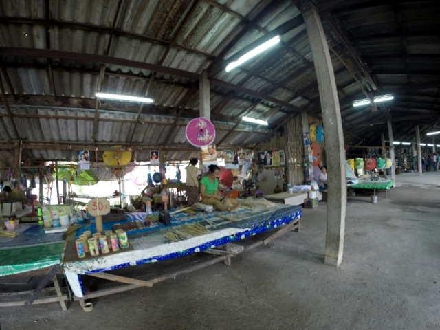 Handicraft-Market-05