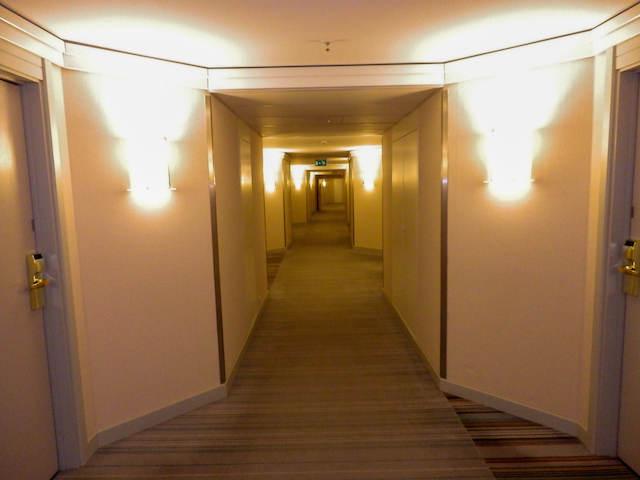 Hilton-Dresden-08
