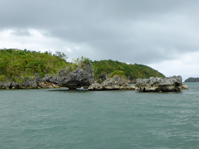 Hundred-Islands-02
