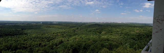 Ausblick vom Müggelturm nach Süden Panoramabild klein