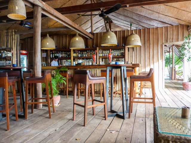 Koh-Rong-Beach-Bar