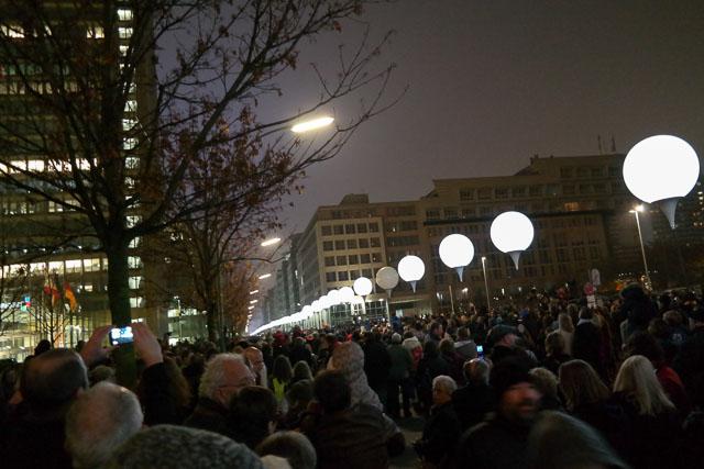 Mauerfall Berlin 10