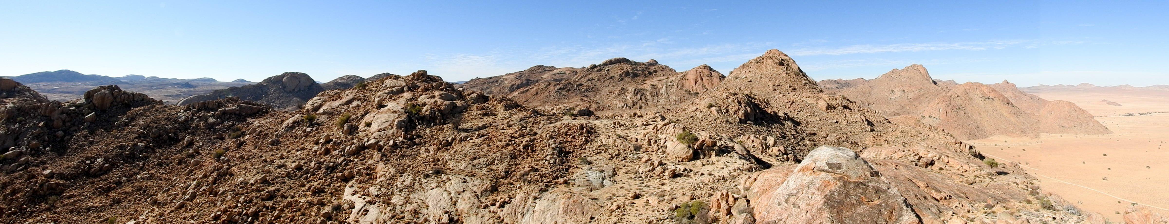 Namibia-Aus-Berge-02