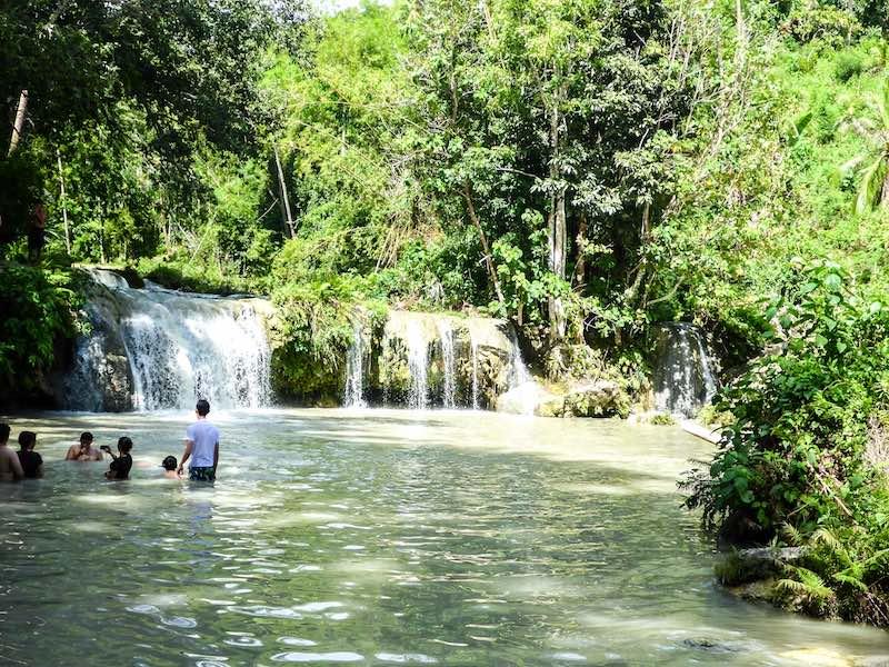 Siquijor Cambugahay Wasserfall