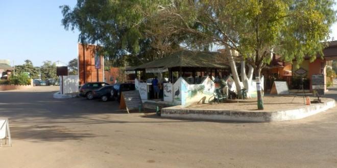 Der Serekunda-Strip - Die Amüsiermeile vor dem Senegambia Beach Hotel 8