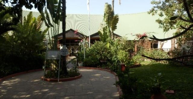 Unsere ersten eindr cke vom senegambia beach hotel for Guesthouse anfang