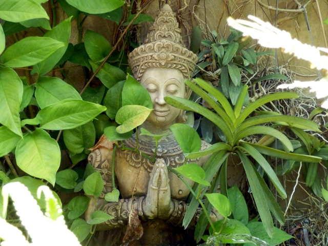 Thapae-Gate-Lodge-05a