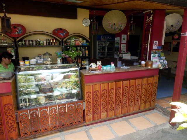 Thapae-Gate-Lodge-10