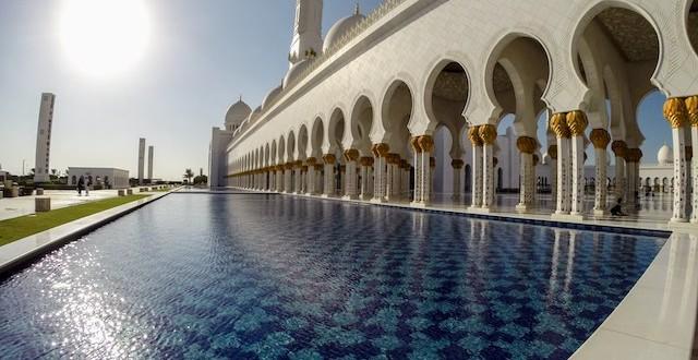 Titelbild-Scheich-Zayid-Moschee