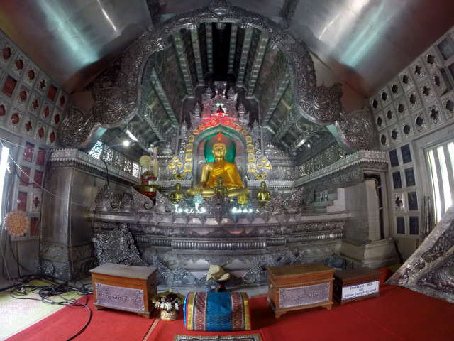 Wat-Sri-Suphan-Silver-Temple-12
