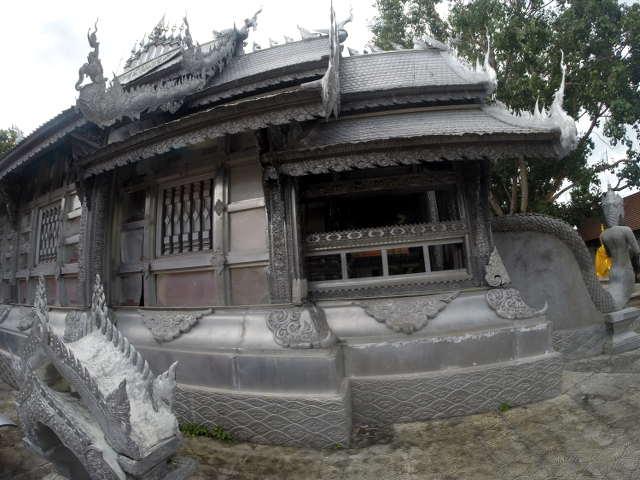 Wat-Sri-Suphan-Silver-Temple-13