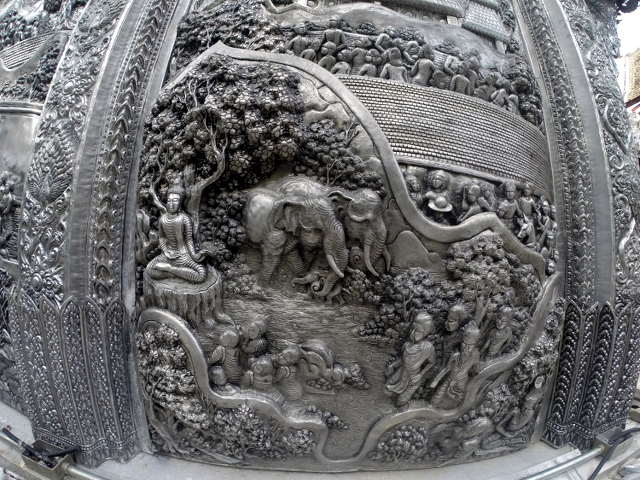 Wat-Sri-Suphan-Silver-Temple-15