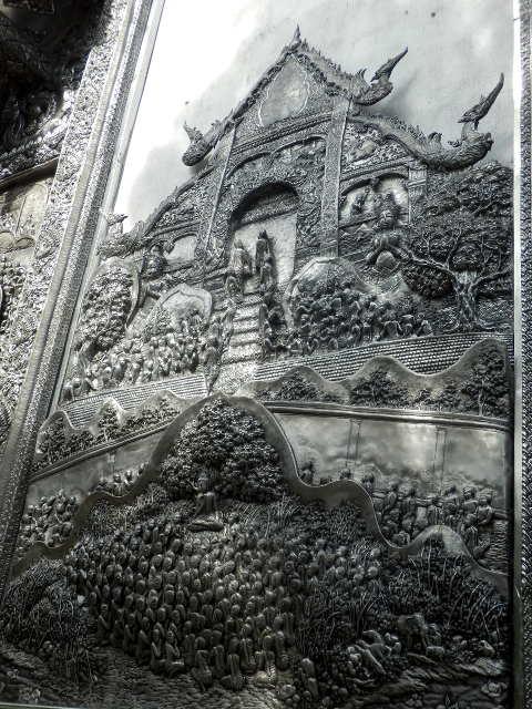 Wat-Sri-Suphan-Silver-Temple-17