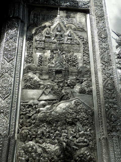 Wat-Sri-Suphan-Silver-Temple-18