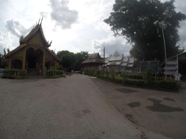 Wat-Sri-Suphan-Silver-Temple-2