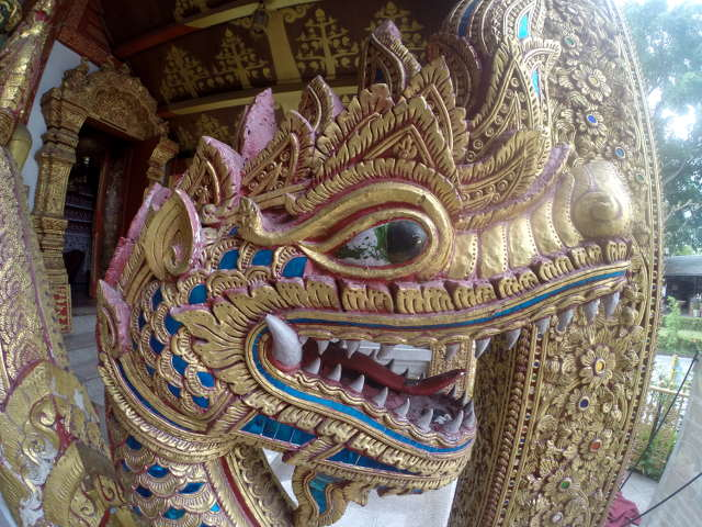 Wat-Sri-Suphan-Silver-Temple-5