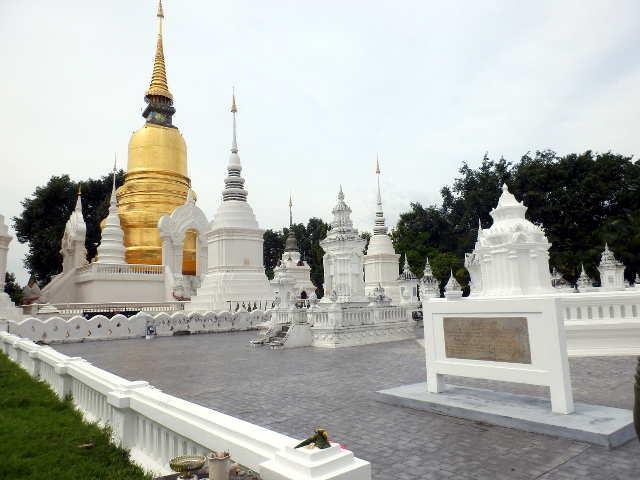 Wat-Suan-Dok-Chiang-Mai-11