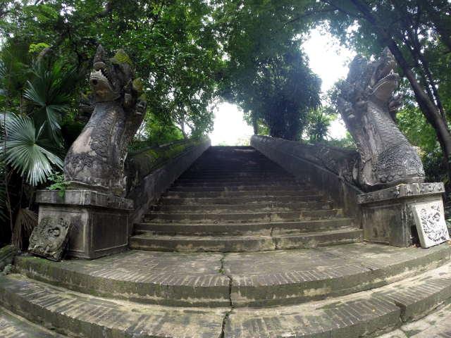 Wat-U-Mong-Chiang-Mai-8