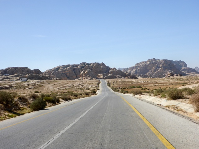 kings-highway-petra-aqaba