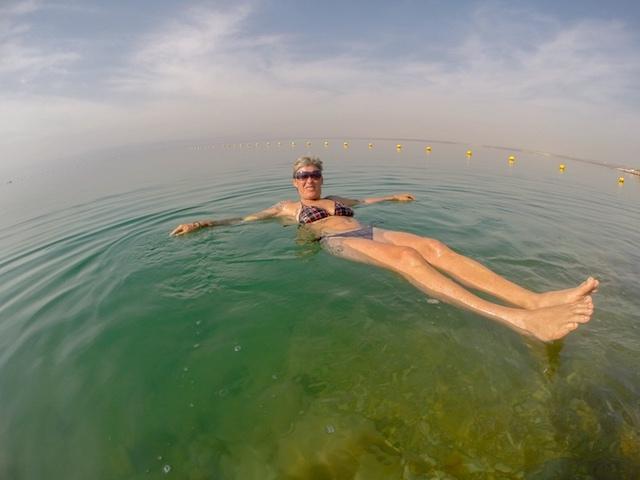 Entspannen am Toten Meer im Mövenpick Resort & Spa Dead Sea