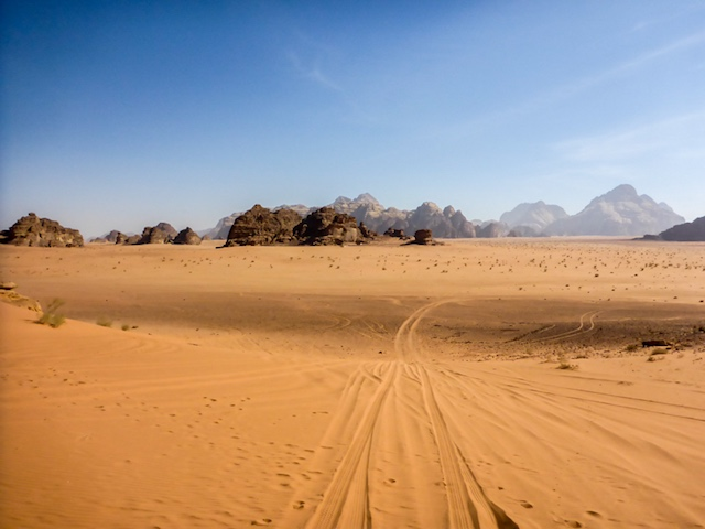 wadi-rum-desert-highway